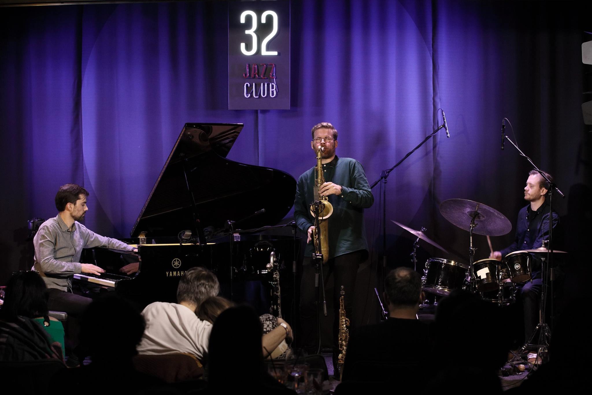 Jonas Cambien Trio