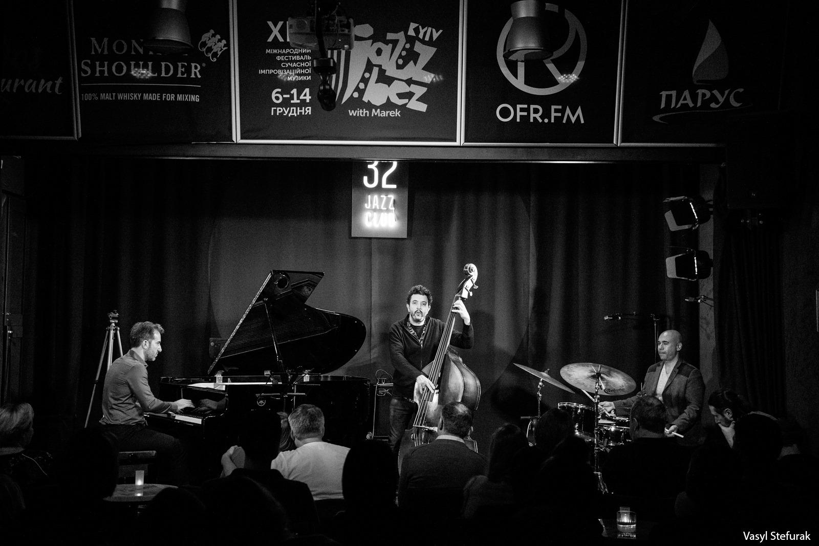 13/12 Yes! Trio. Фото: Василь Стефурак